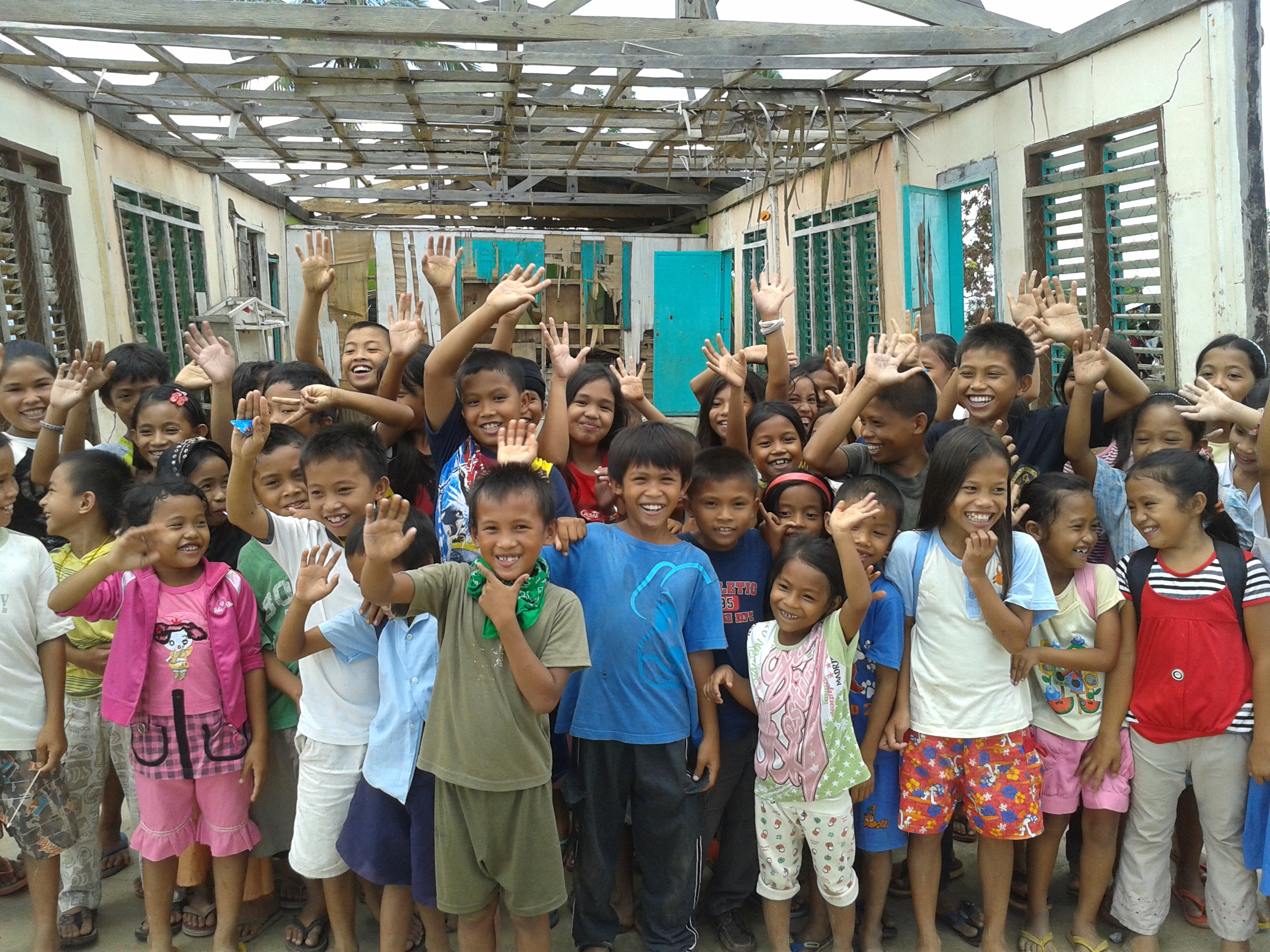 16 Pilipino children from affected area, Philippines 2013