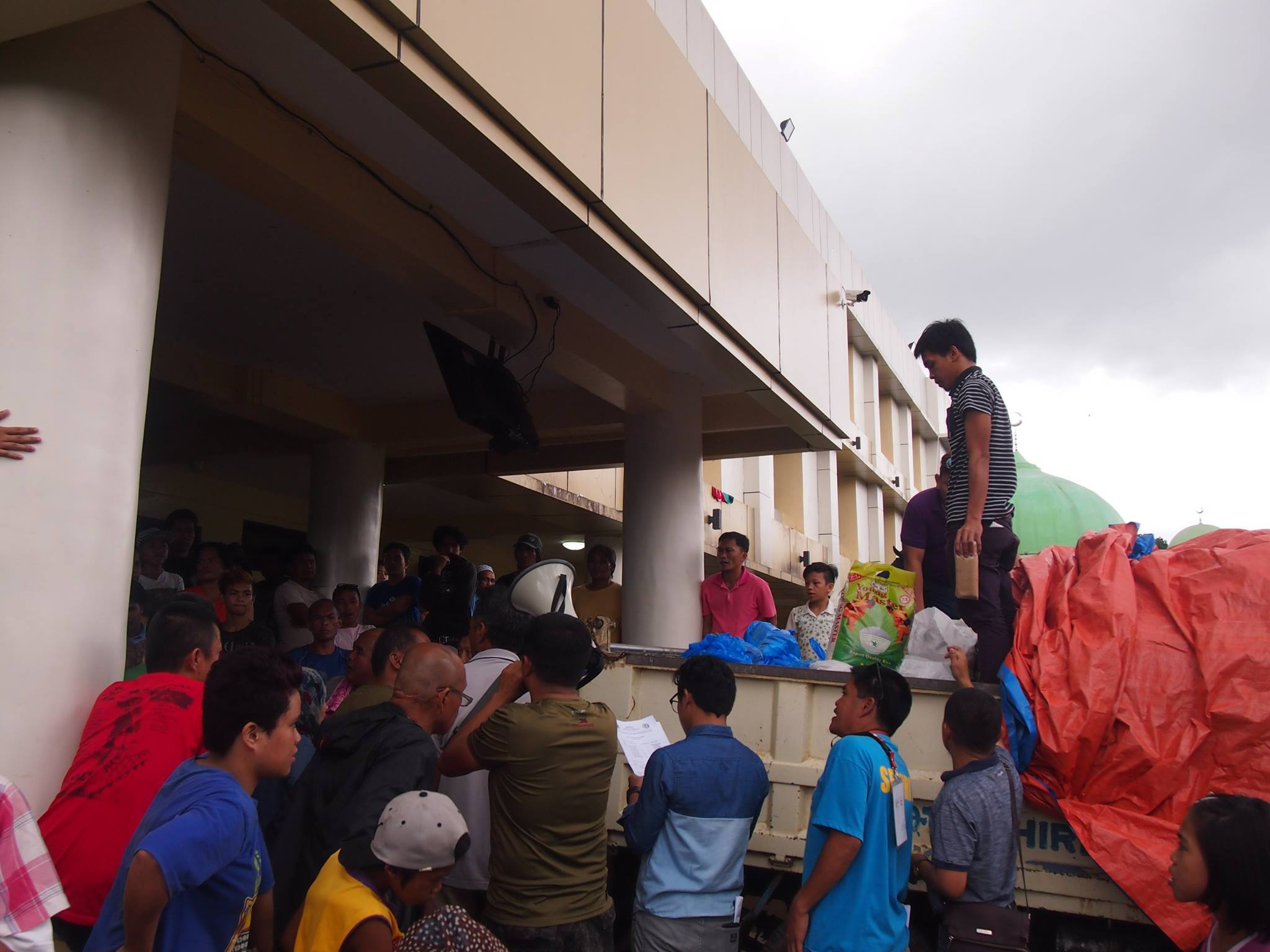 30 Food assistance for Marawi internal displaced peoples, Marawi, Philippines 2017